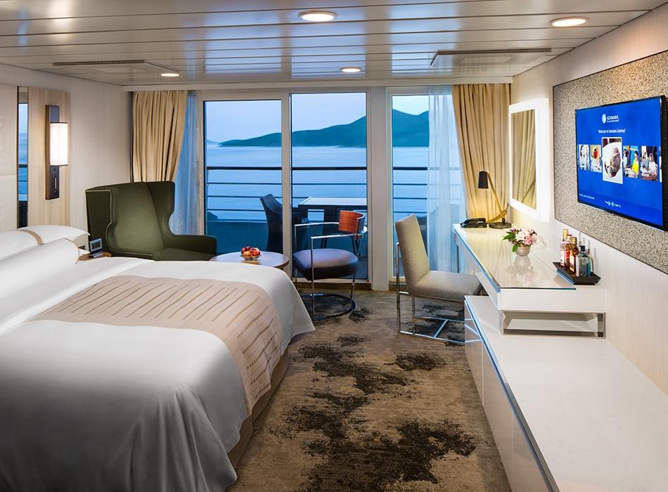 Desire Cruises | Continent Suite