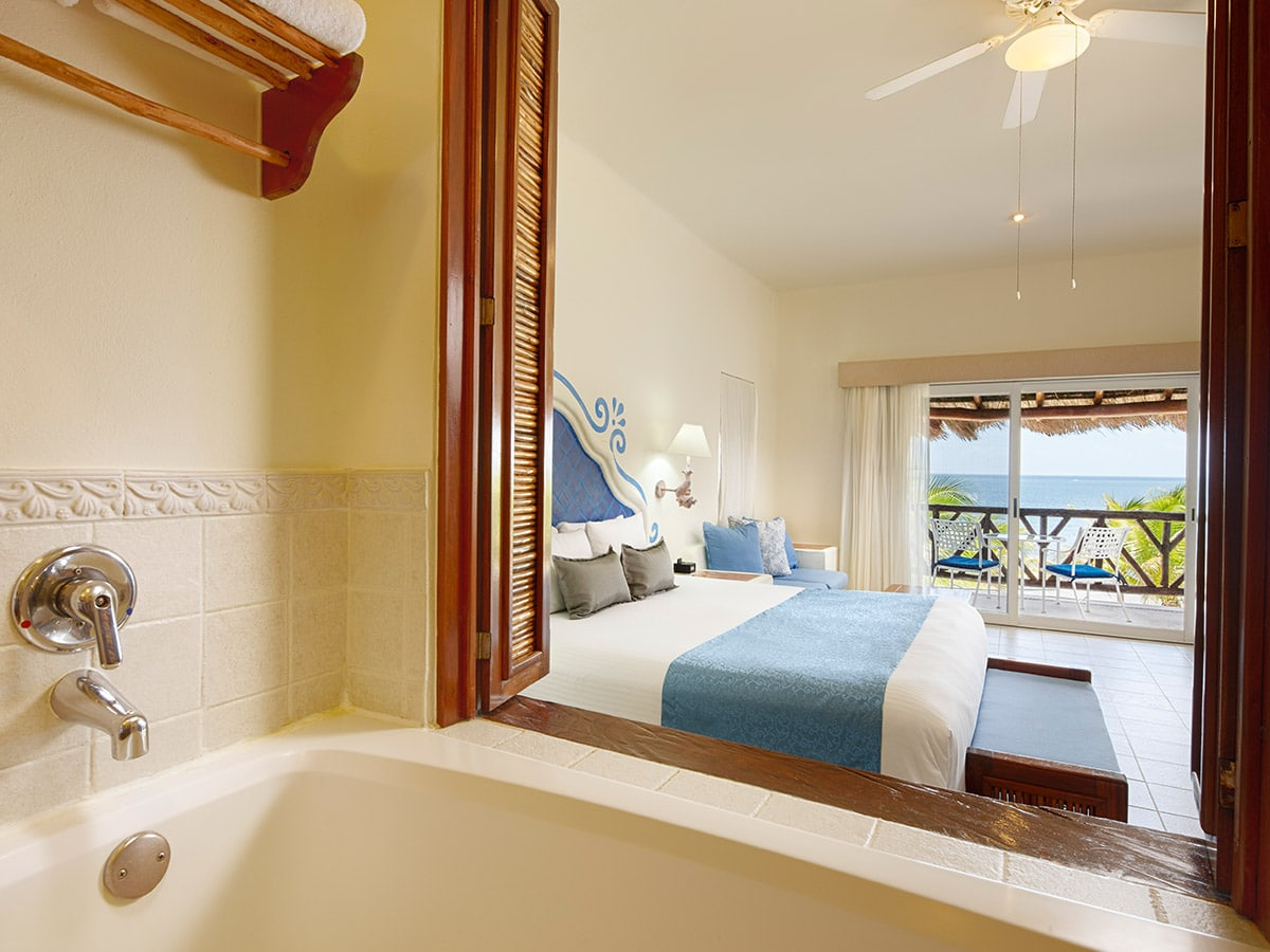 Desire Riviera Maya Pearl Resort | Junior Suites