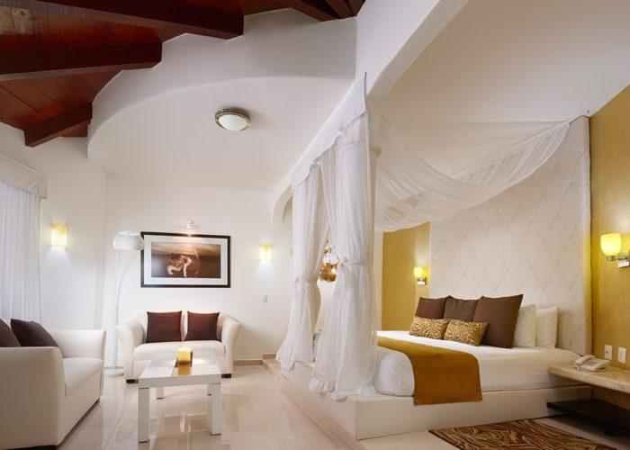 Desire Riviera Maya Resort | Jacuzzi Room Garden View